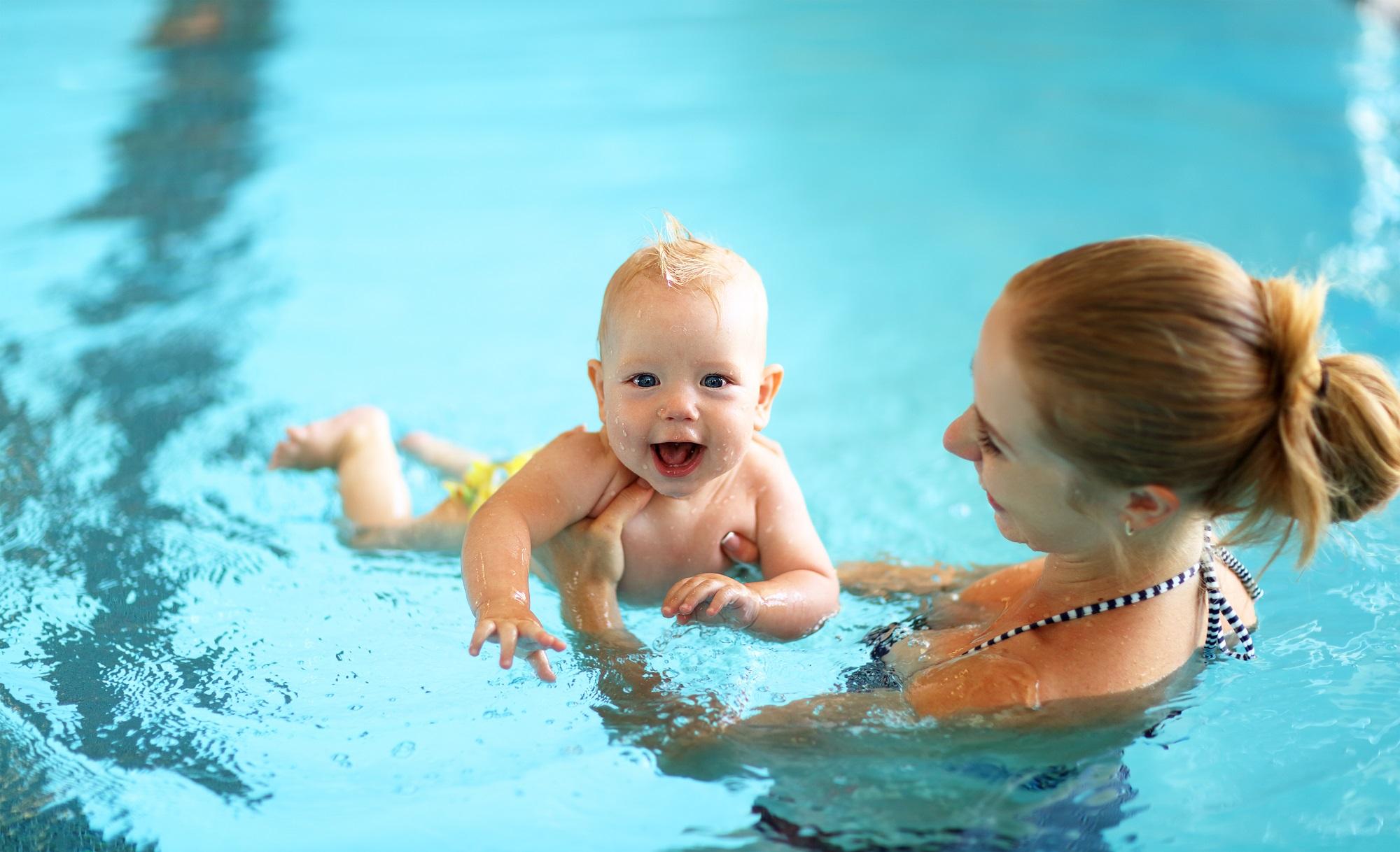 babyzwemmen in de nederlandse zwembaden