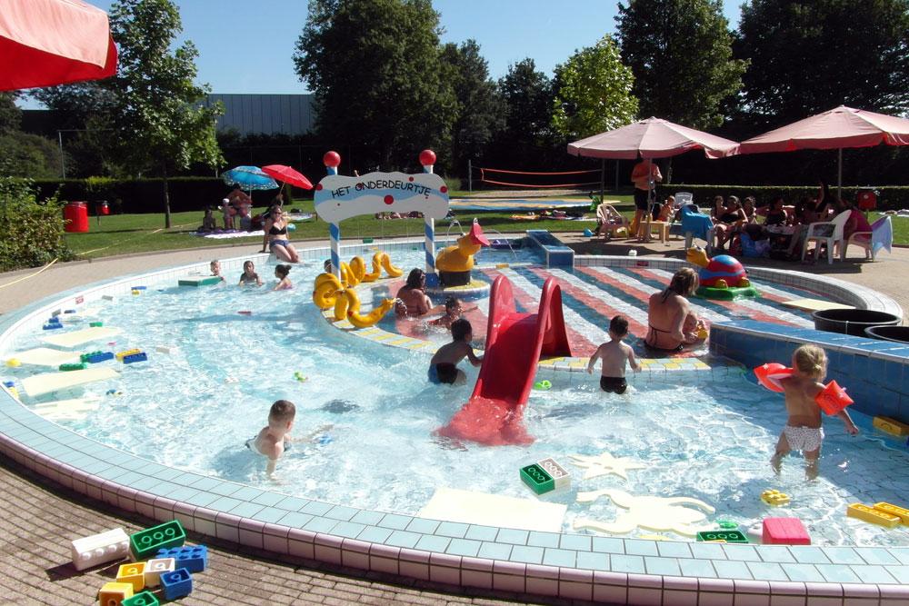 Openingsfeest zwembad steenderen